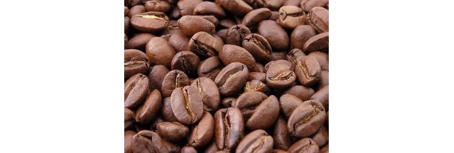 Čerstvá káva, zrnková káva, mletá káva