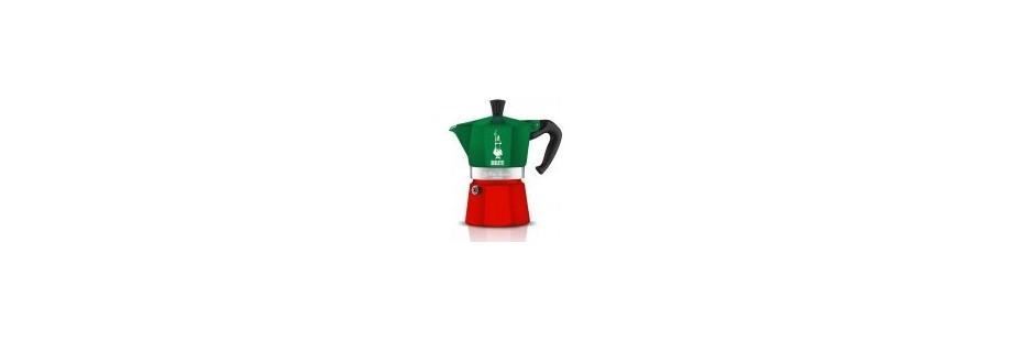 Moka konvice Bialetti na přípravu kávy v barvách italské trikolory